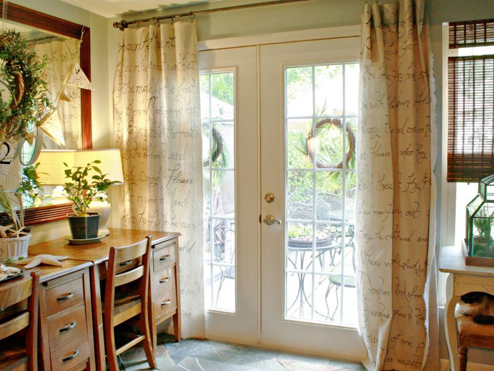 Homemade window treatments, DIY window treatment, easy window treatment ideas, popular pin, home decor, home DIY, home tips and tricks, interior design.