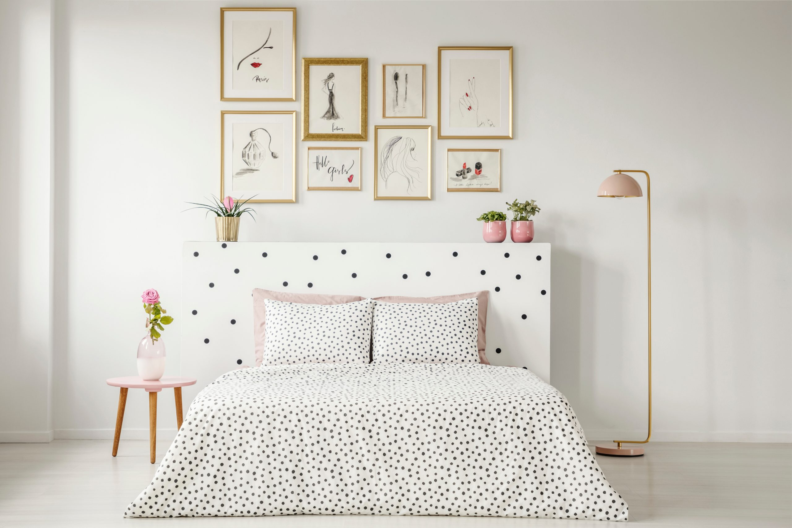 Calling all DIY lovers!!! These DIY headboard ideas will certainly get you excited about changing up your room. See how easy they are to make.