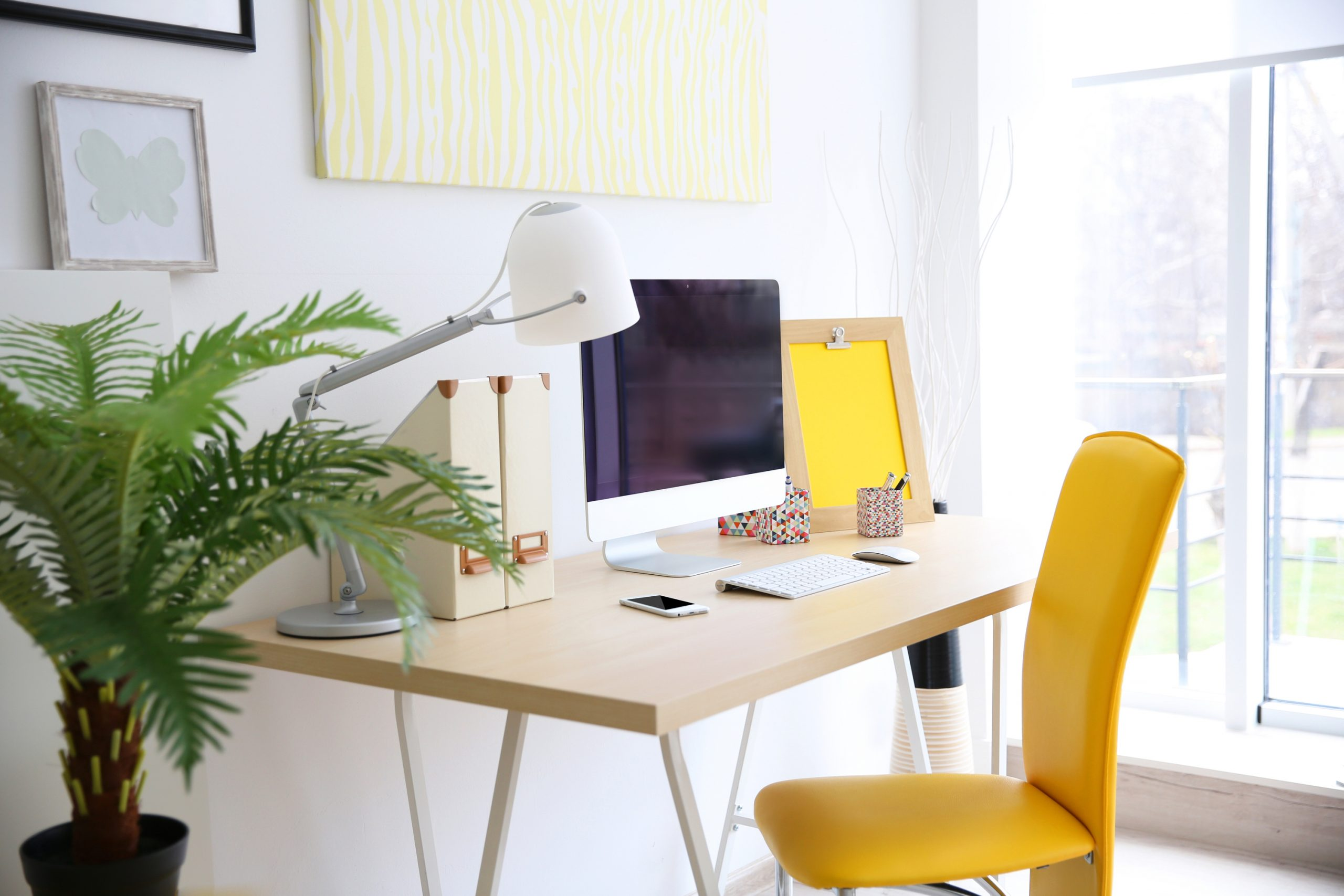 Are you looking to make your own DIY office decor? You're in luck! We have the best DIY office decor ideas that will suit your needs.