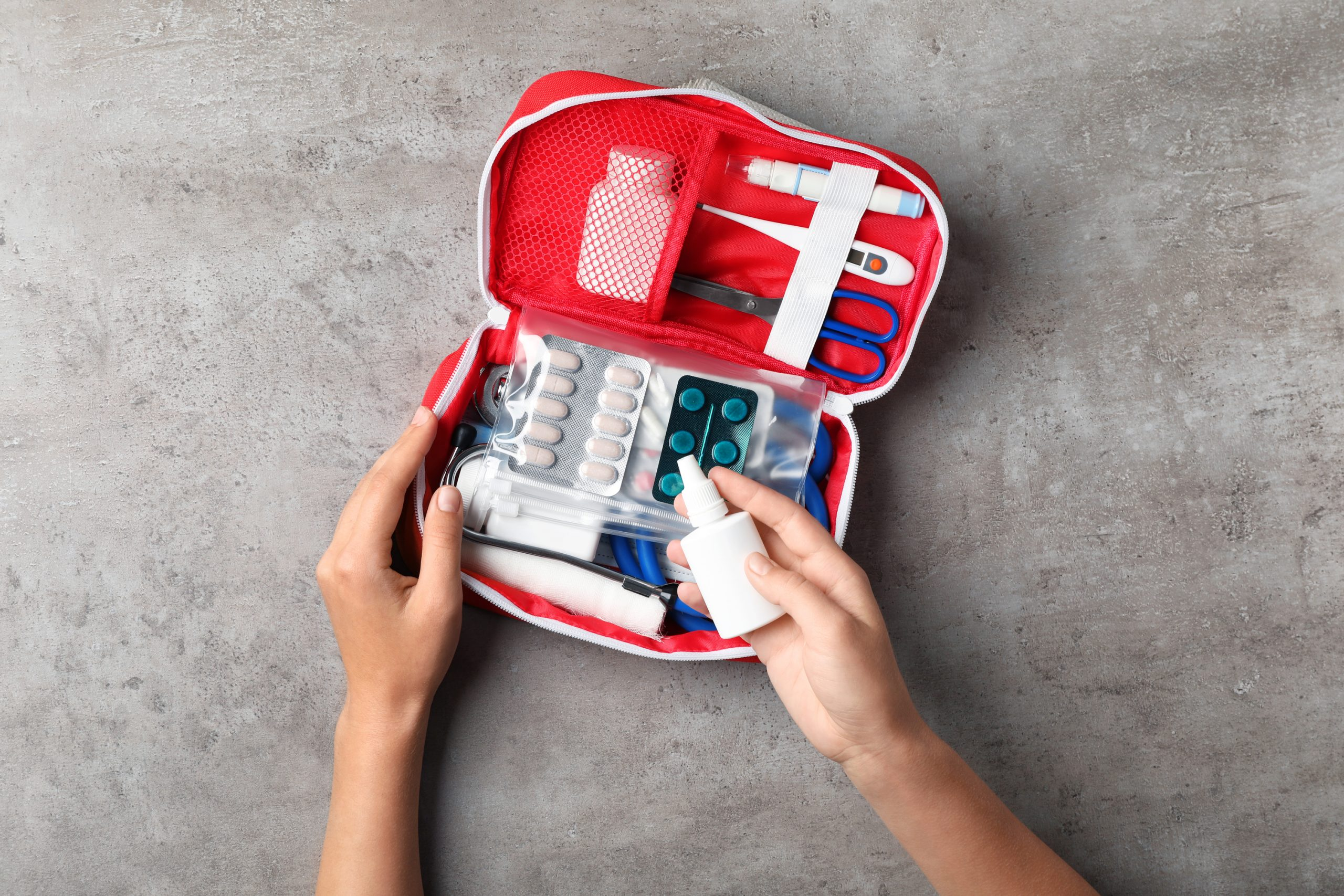 An emergency kit for the car. Another one of the car hacks for moms.