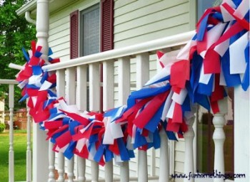 Top 25 4th of July Porch Decor Ideas25