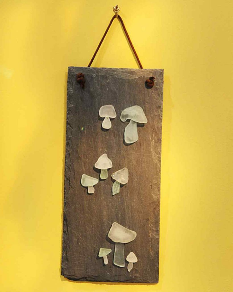 10 Ways to Decorate with Sea Glass4