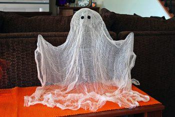 25 Cheap Halloween Decor Ideas2