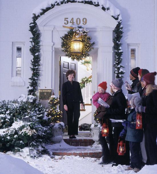 15-festive-party-ideas-for-the-holiday-season13