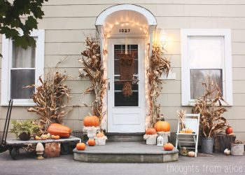 19-ways-to-make-your-neighbors-jealous-of-your-fall-porch17