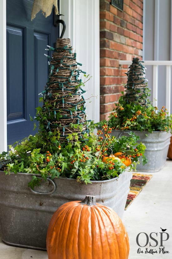 19-ways-to-make-your-neighbors-jealous-of-your-fall-porch19