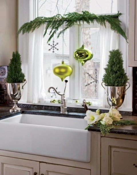 14-ways-to-decorate-your-kitchen-for-christmas7