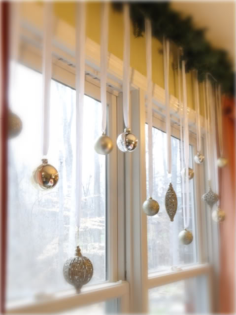 15-ways-to-decorate-for-christmas-on-a-budget12