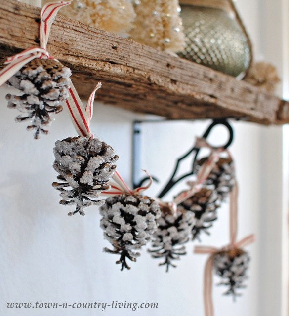 15-ways-to-decorate-for-christmas-on-a-budget9