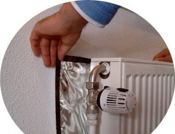 36-cold-weather-hacks-to-keep-you-cozy-this-winter-putting-a-layer-of-tinfoil