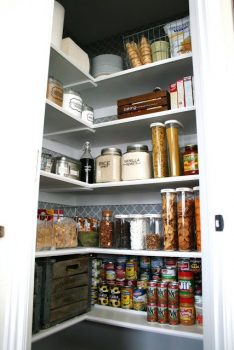 Pantry-Finished-RS-picnic-Chocolate-Cake-097