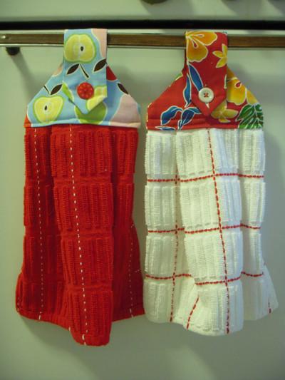 Hanging-Dishtowels_Large400_ID-772326