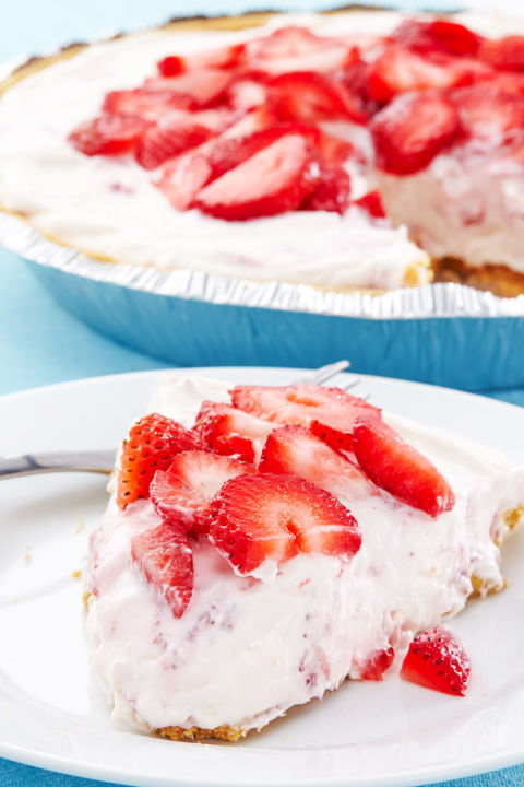 gallery-1438920998-no-bake-cheesecake-delish-strawberry