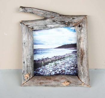 12 DIY Picture Frame Projects8