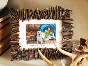 12 DIY Picture Frame Projects9