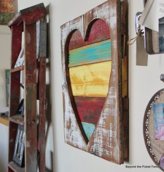 22 Fabulous Ways to Decorate Your Walls11