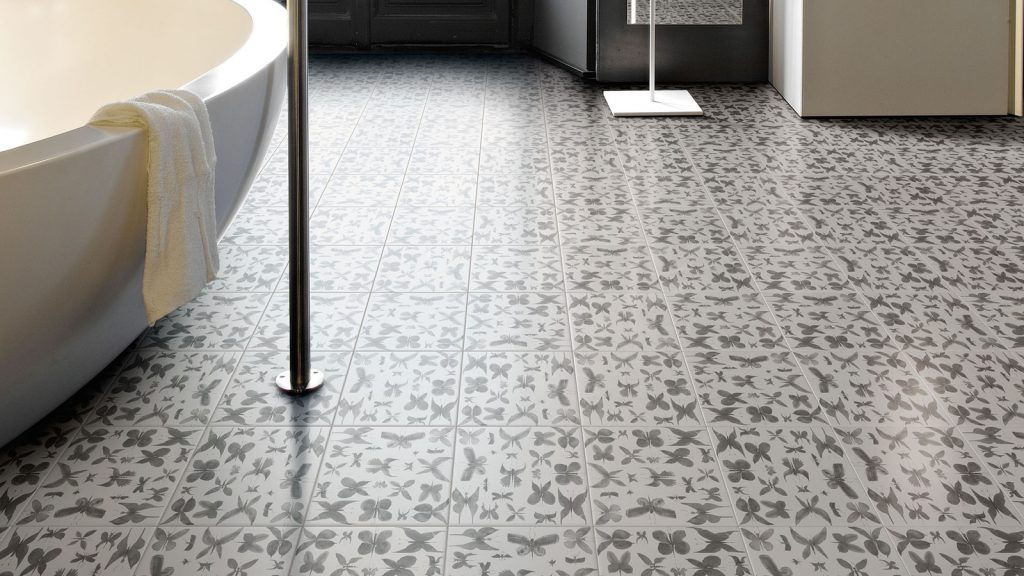 11 Beautiful Tile Floors That Will Leave You Breathless   Tile Flooring, Tile Flooring Ideas, Tile Flooring Design Ideas, Tile Design Ideas, Bathroom Updates, How to Update Your Bathroom, Pretty Tile Patterns, DIY Tile Patterns, Popular Pin
