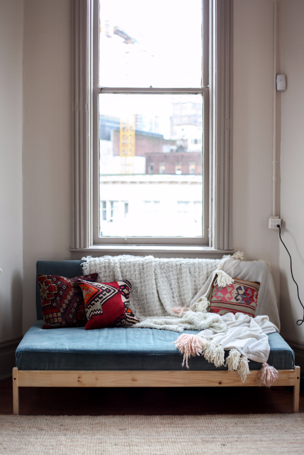 Feel The Love: 10 DIY Loveseats and Sofas | DIY Sofa Projects, How to Make Your Own Sofa, Pallet Sofa Project, DIY Projects, Easy DIY Furniture Projects, How to Make Your Own Love Seat, DIY Home.