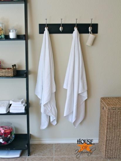 master_bath_towel_hooks_hoh_6