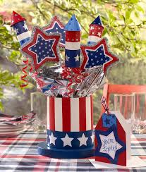 Set Your Table Ablaze! 10 DIY 4th of July Centerpieces3
