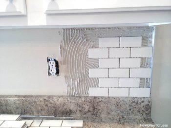 How to Install a New Backsplash, DIY Home, DIY Home Improvements, Home Improvement Projects, DIY Kitchen Remodel, Backsplash Tutorial, DIY Backsplash Tutorial, DIY Home, Home Remodeling Projects, Popular Pin
