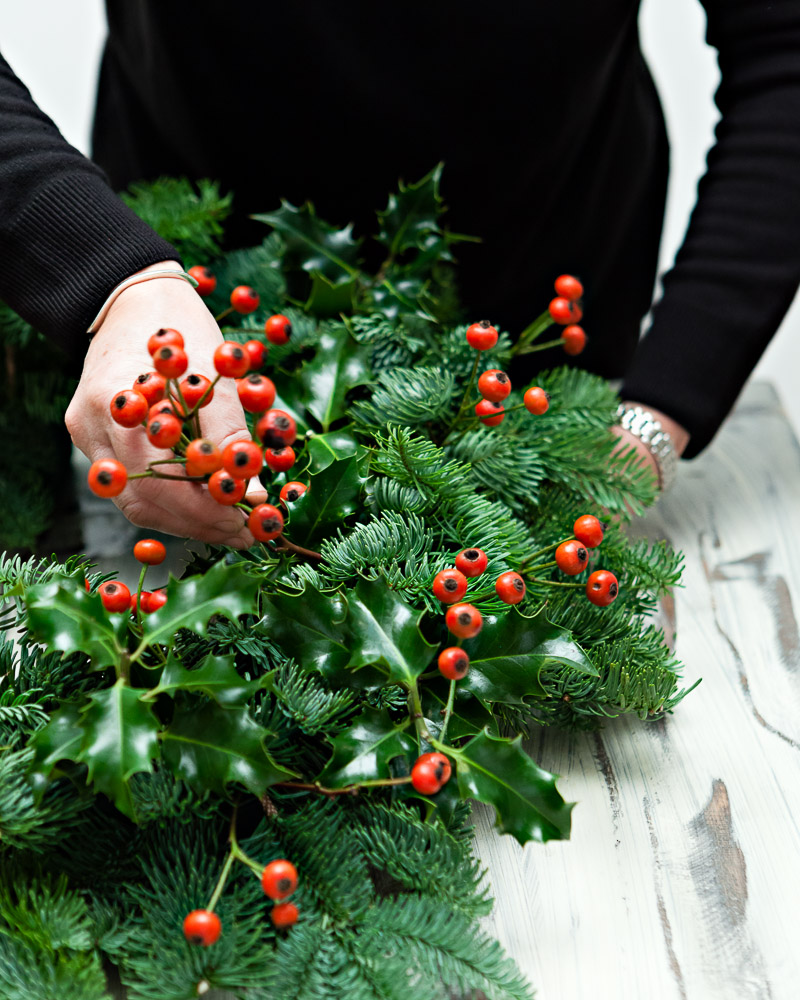 How to make your own christmas wreath picky stitch Making wreaths