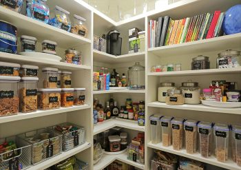 10 Decluttering Tips for Busy Moms  DIY Ideas, Decluttering Ideas, Decluttering Home, Declutter and Organize, Declutter, Organization Ideas for the Home, Home Organization Ideas
