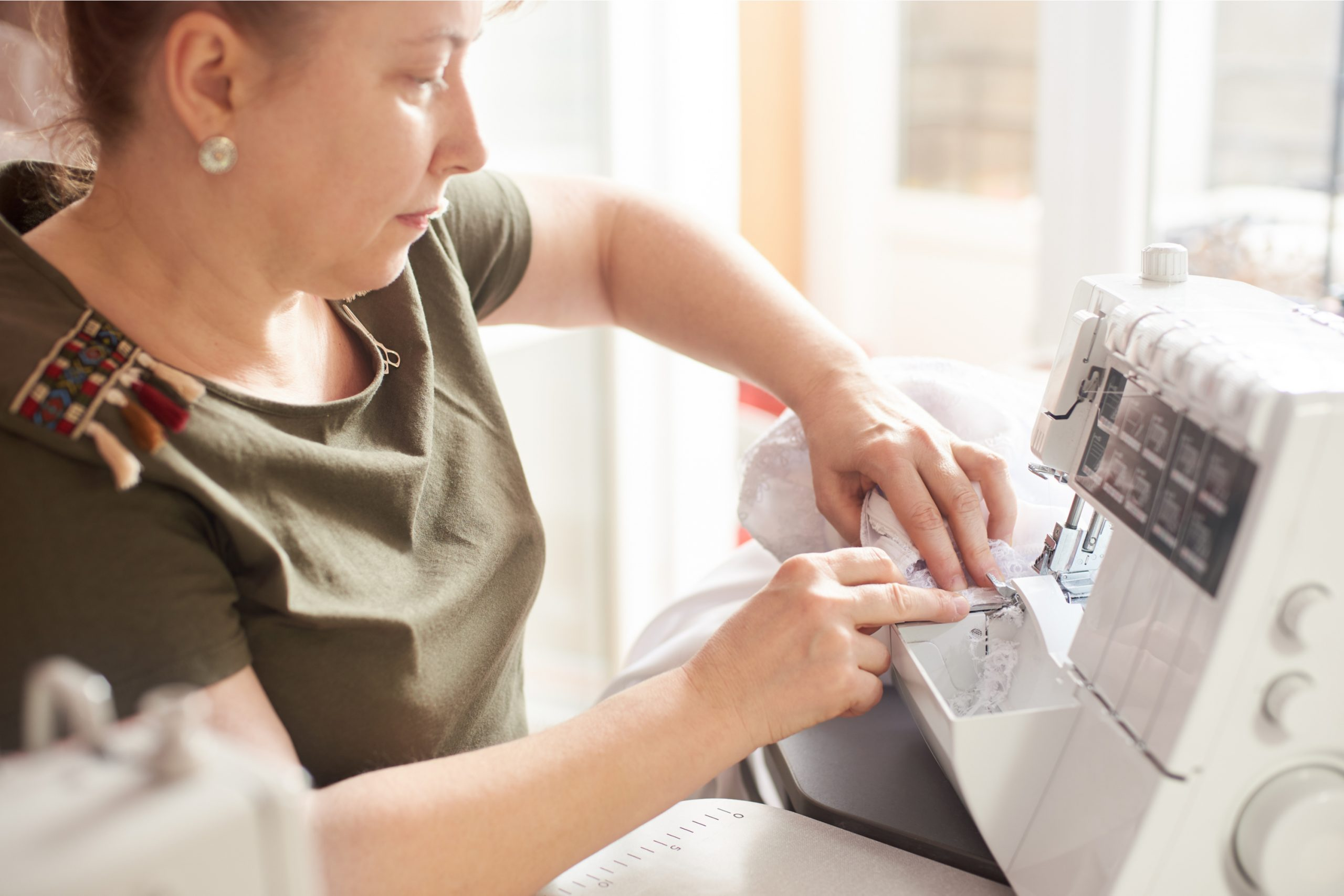 Serger machine sewing and cutting at the same time. Serger hacks.