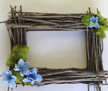 twig/branches used for a picture frame-twig crafts