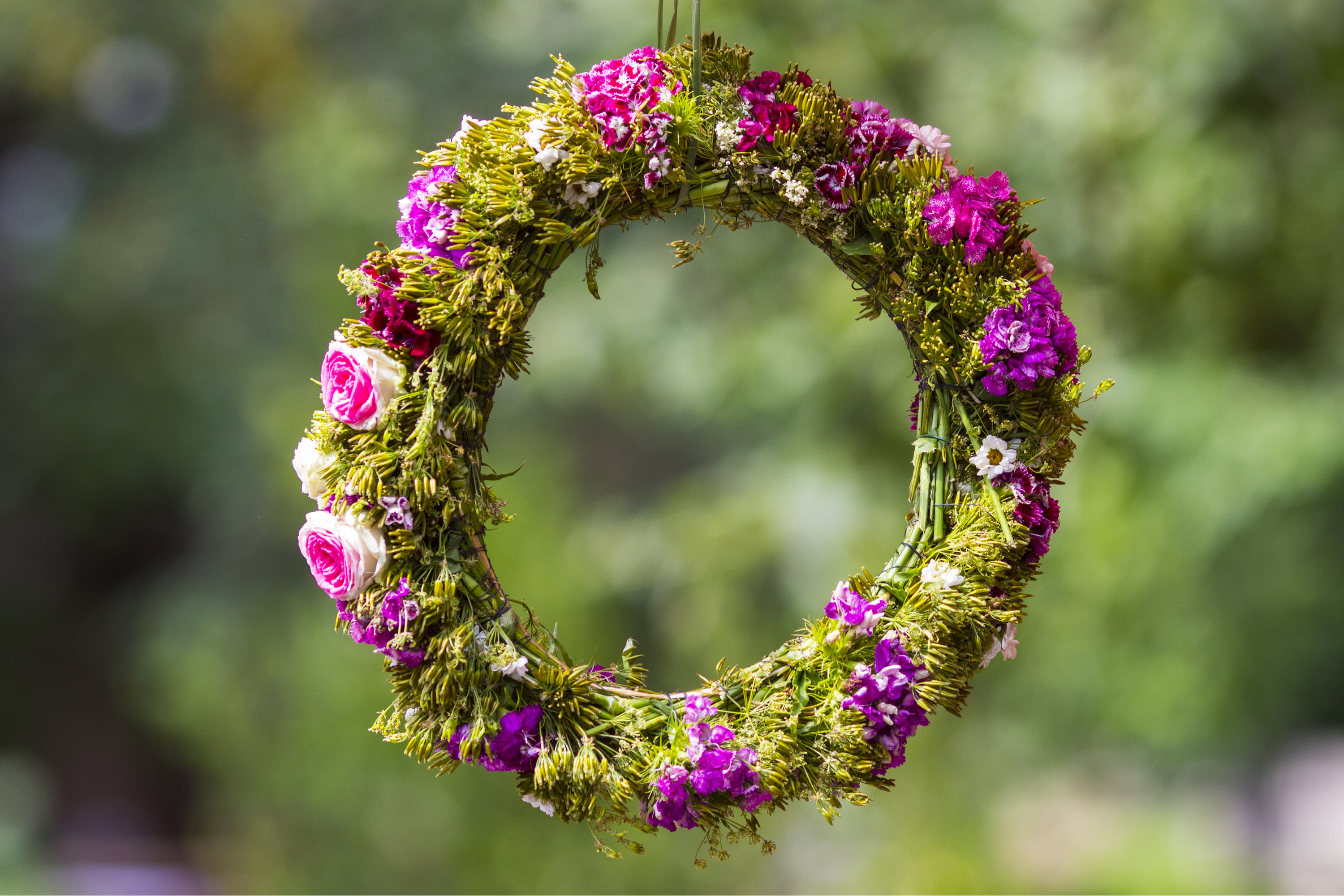 wreath | spring wreath | spring | diy spring wreath | diy wreath | diy | spring projects | spring crafts | crafts | projects