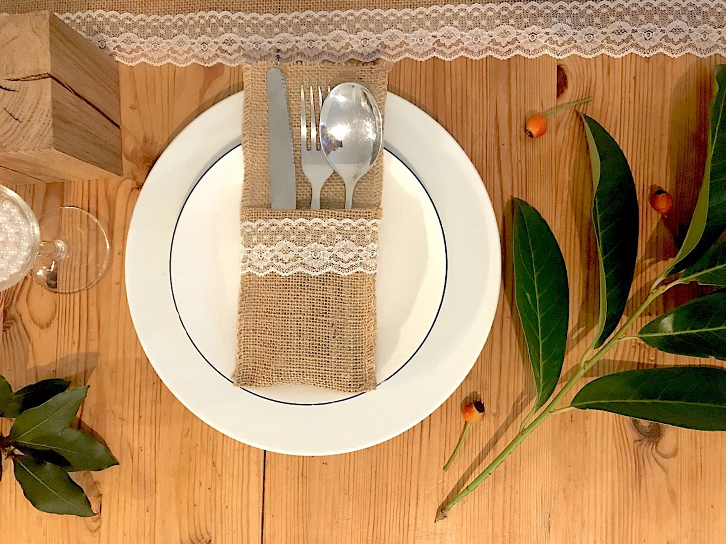 If you love a good DIY project, then this is for you! These DIY Thanksgiving utensil holders are so cute and easy to make. Just another thing to be thankful for.