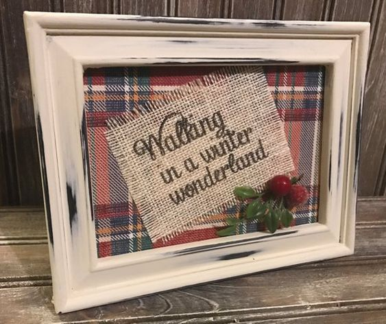 I'm a big fan of having picture frames to match the time of year. These picture frame Christmas crafts will transform any picture frame to fit your needs.