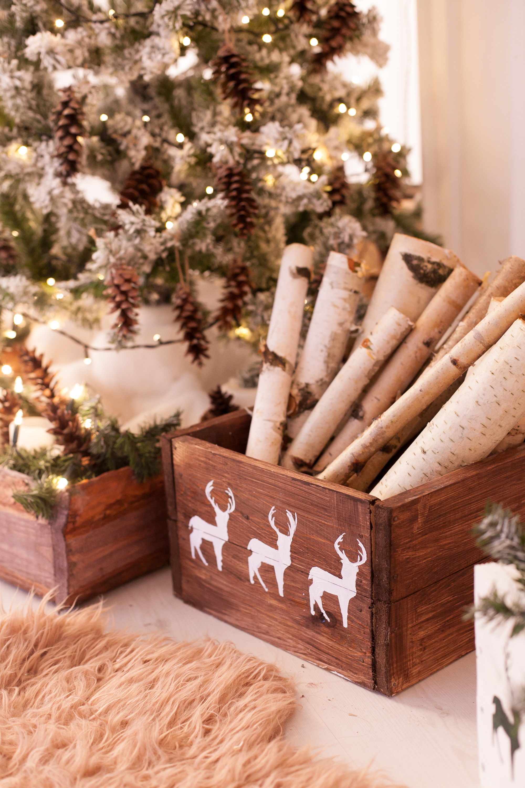 If you love rustic Christmas decor, you will love these birch wood Christmas decor ideas. They are so cute and easy to make. Birch Christmas Craft Decorations