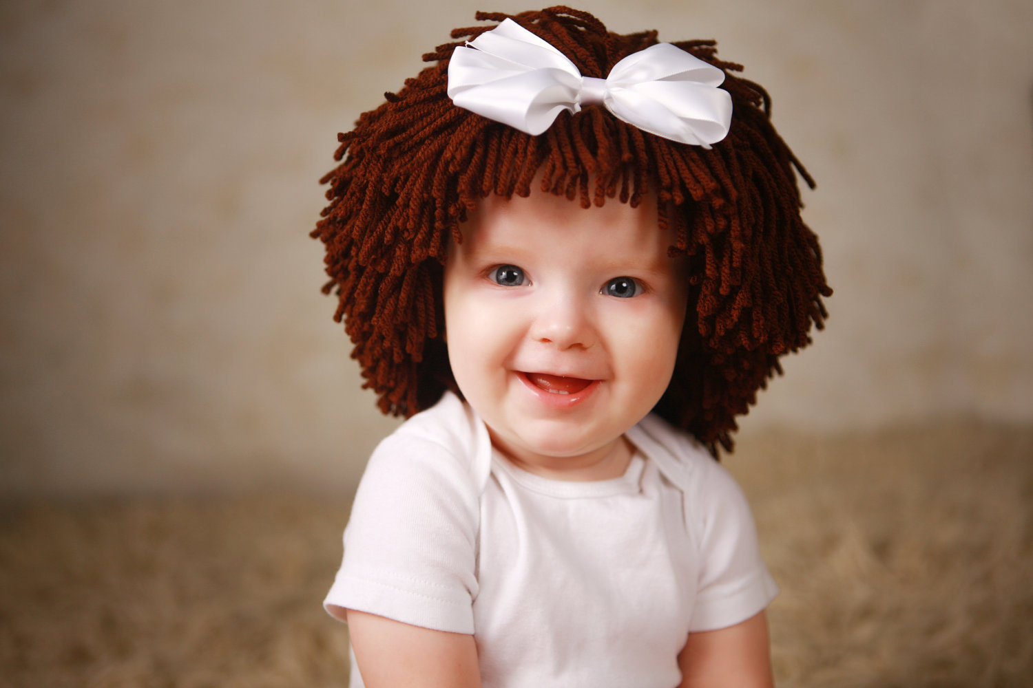 If you want to have your kid look like an adorable cabbage patch doll, check out these ideas on how to make your own crochet cabbage patch wigs. We have the best ideas for DIY cabbage patch doll wigs!