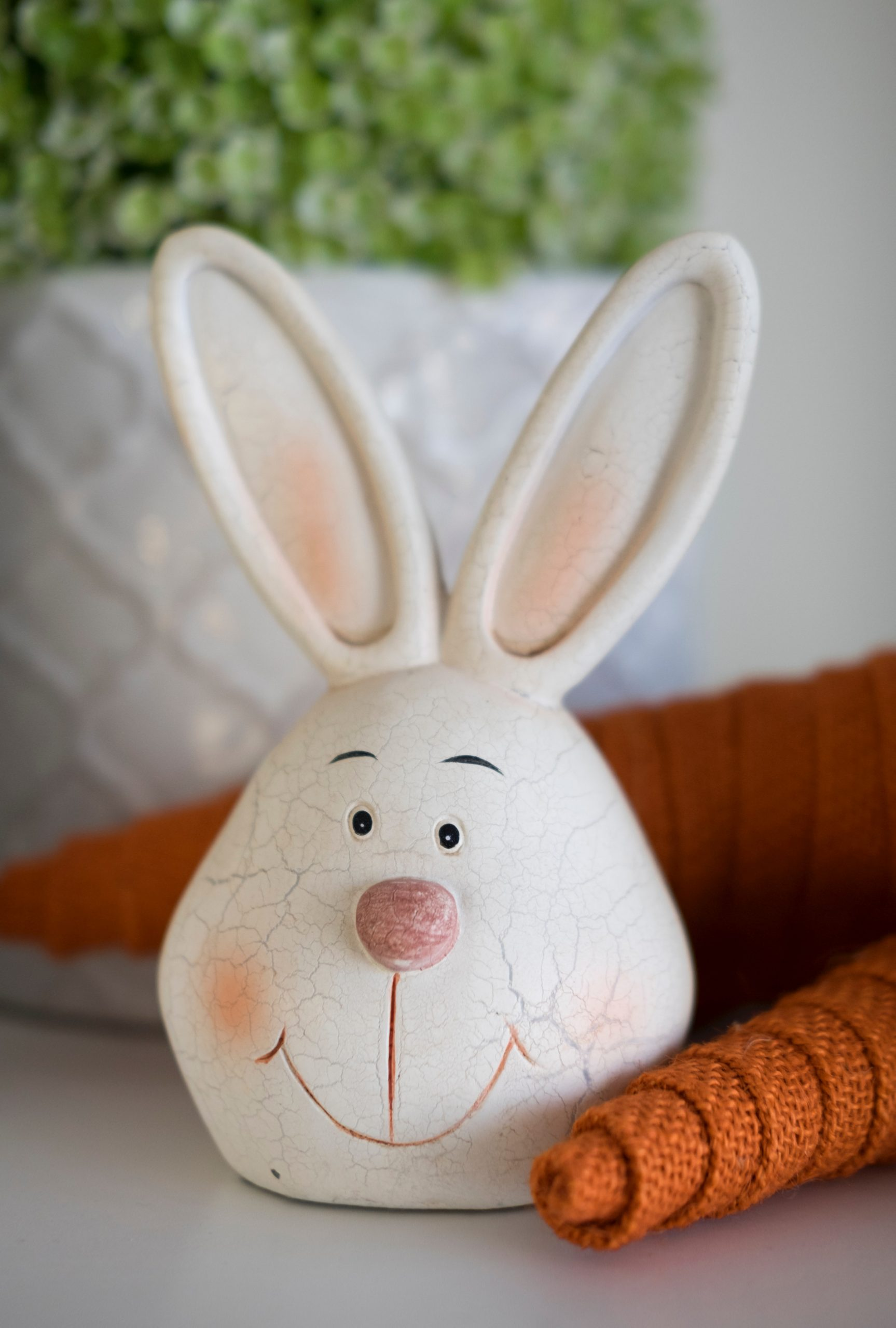 Fabric carrots are a cute DIY addition to any Easter decor. You can make them yourselves out of fabric scraps and only a little bit of time. These fabric carrots will be your new favorite Easter decor!