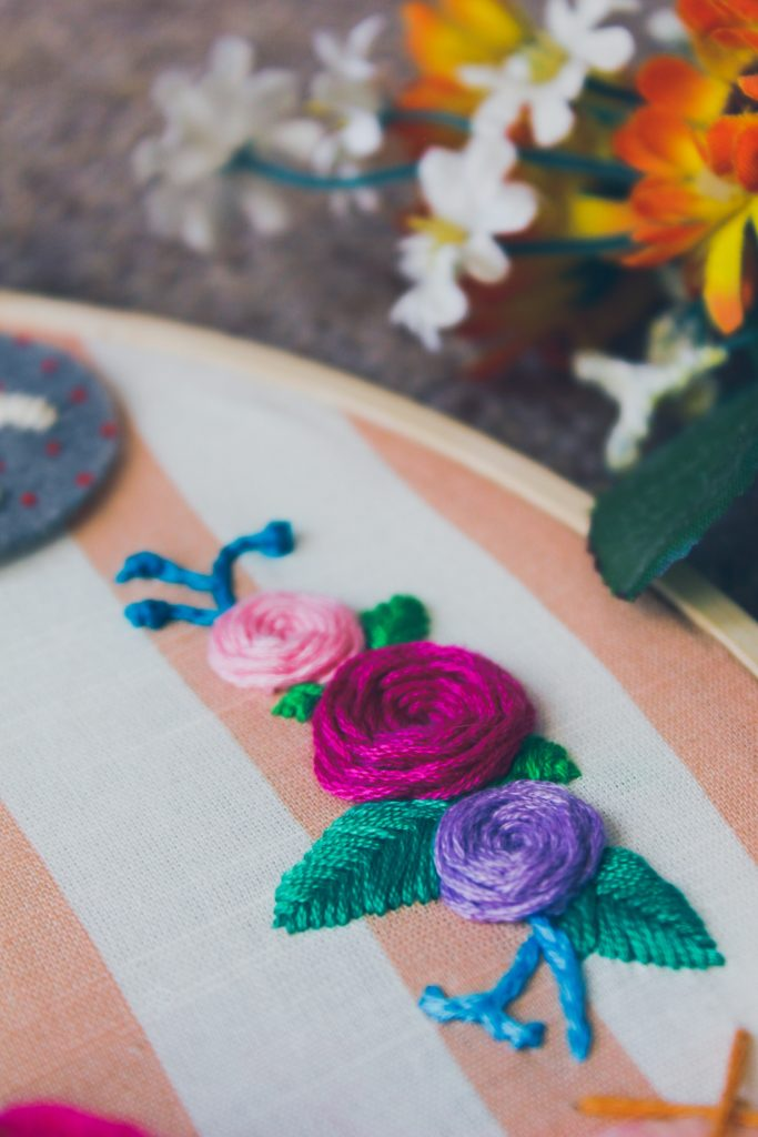 Embroidery is a great way to keep your mind active while you chill on the couch, watch a movie, or travel. It's pretty easy to learn, too, just check out these easy hand embroidery for beginners tips and tricks! Take a look!