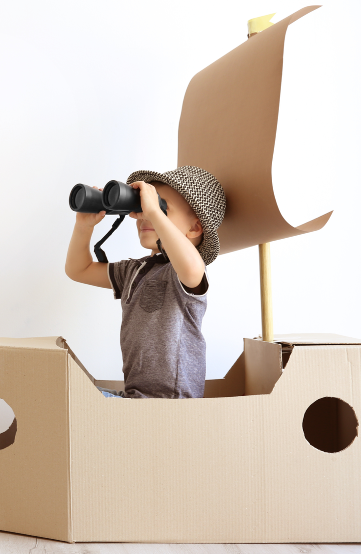 It can be hard to think of fun things to do with kids! Especially after tons of time at home with them. Check out these great ideas that will help you think of fun things to do with your kids at home, in the car, or wherever you are. You kiddos will love building fun forts like this!