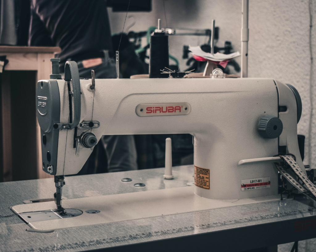 Understanding the mechanism of a sewing machine