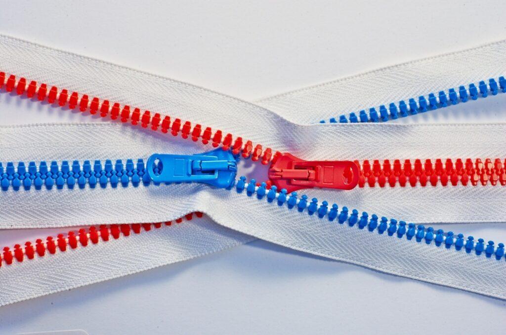 A zipper's weight